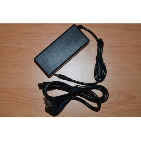 Fujitsu Siemens LifeBook S6520 + Cabo