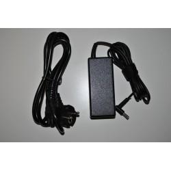 HP AY018NP N3060-4 + Cabo