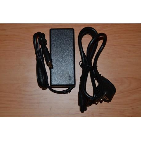 Dell 19.5V ( Volts ) e 4.62A ( Amperes ) - 90W ( Watts ) + Cabo